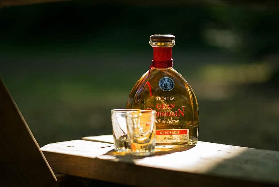 tequila-alcohol-liquor-shot
